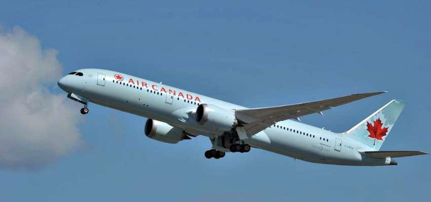 vé máy bay tới canada