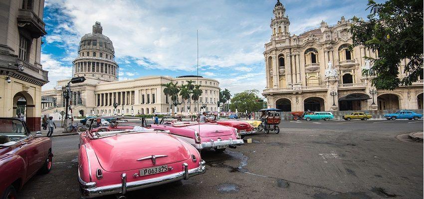 vé máy bay đến Cuba