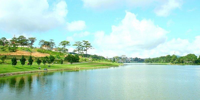 ve may bay da lat